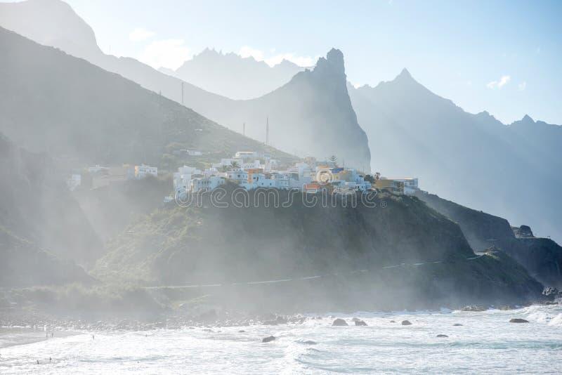 在特内里费岛海岛上的Taganana村庄 图库摄影