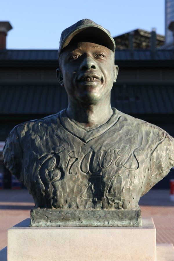 在特纳领域,亚特兰大, GA的汉克・阿伦雕象 免版税图库摄影
