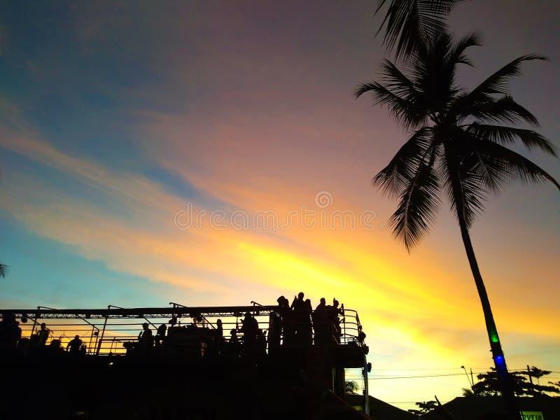 在狂欢节,塞古鲁港,萨尔瓦多,巴伊亚,巴西的电三重奏 库存照片