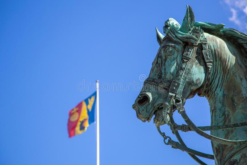 在王宫前面的马雕象在斯德哥尔摩 库存照片