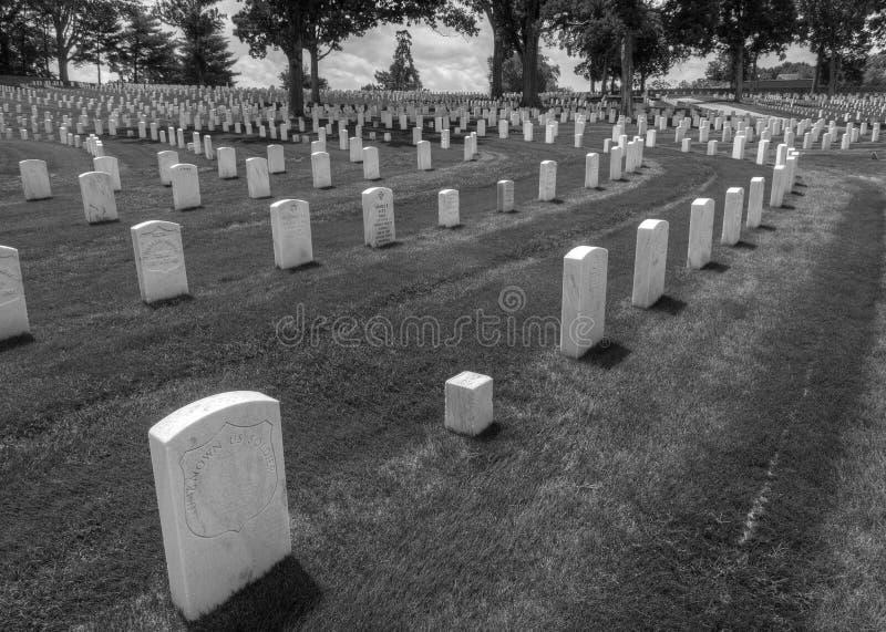 在玛丽埃塔国家公墓,玛丽埃塔,GA的墓石 库存照片