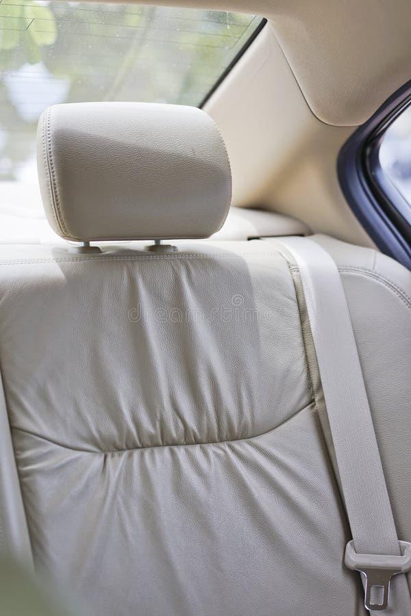 在现代汽车的后方汽车座位 图库摄影