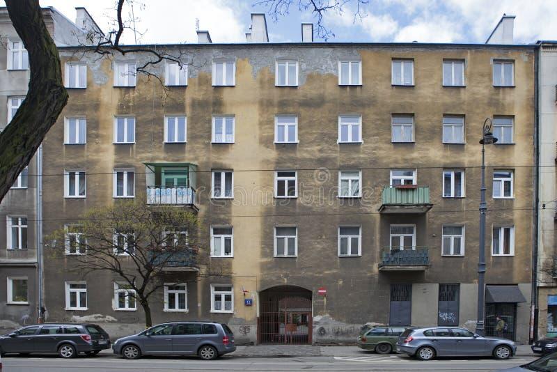 在现在是非常普遍的区域的新的Praga的老大厦 库存图片