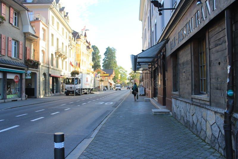 在瑞士的美丽的镇stree 免版税库存图片