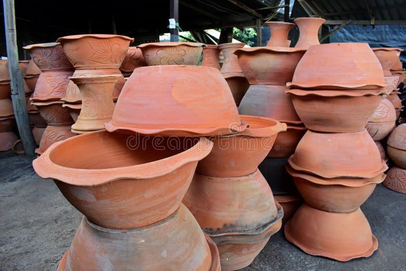 在瓦器工厂的Potteries 免版税库存照片