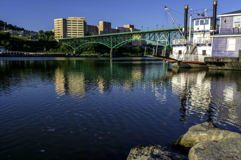 在田纳西河的早晨在诺克斯维尔 免版税库存照片