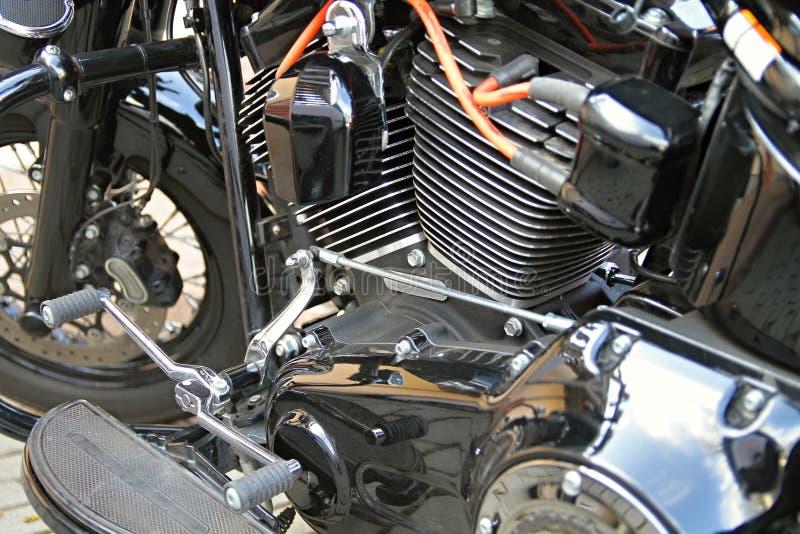 在白天停放的摩托车 免版税库存照片