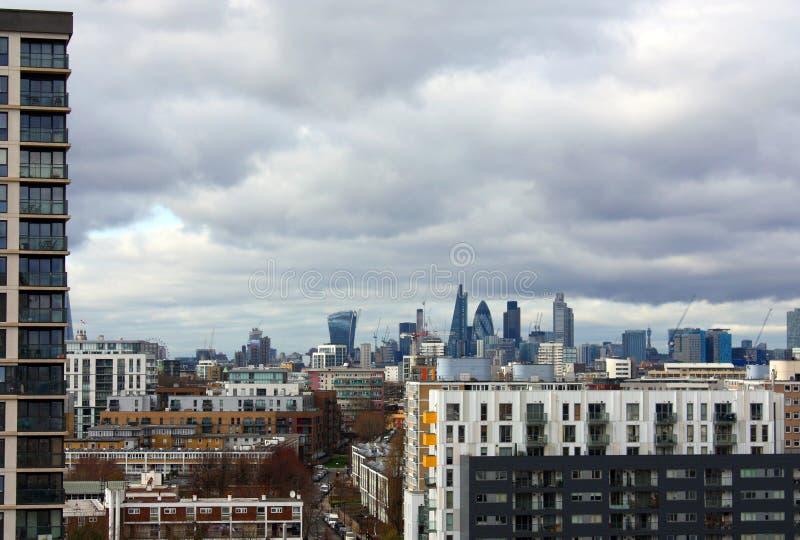 在白杨树伦敦的公寓 库存图片