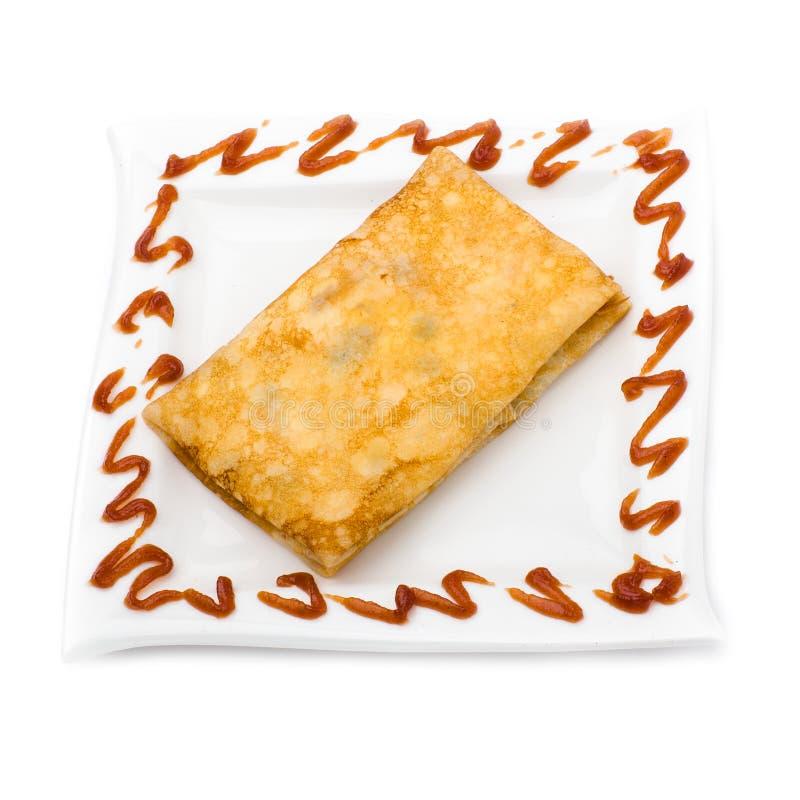 在白色关闭的被充塞的薄煎饼  免版税库存图片