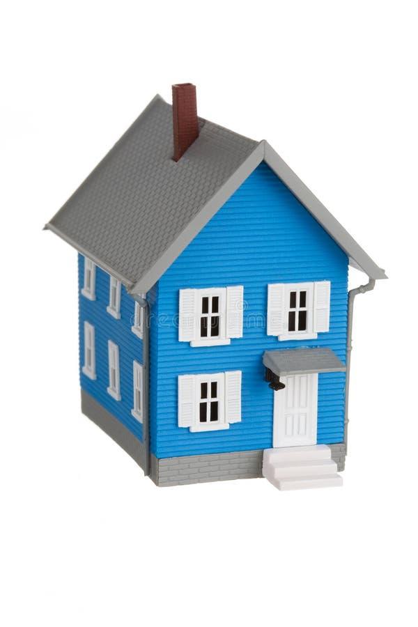 在白色查出的模型房子 库存照片
