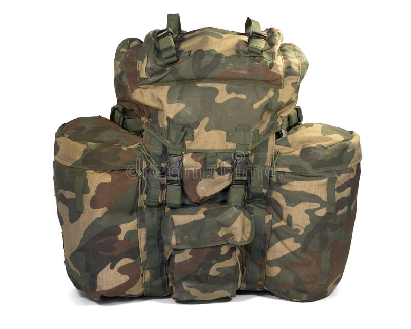 在白色的军用背包。 裁减路线 免版税库存照片