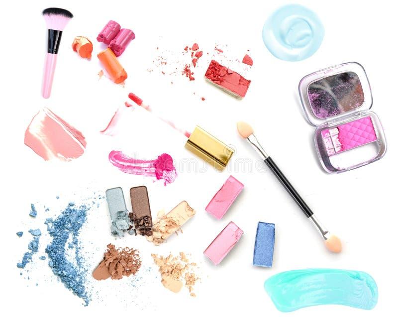 在白色的化妆产品 免版税库存照片
