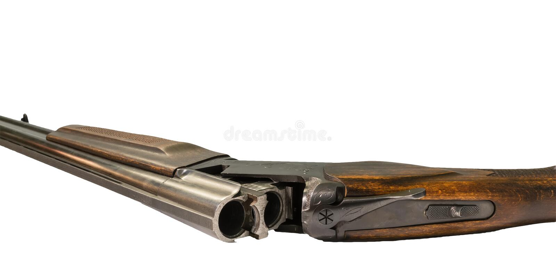 在白色的半自动泵浦行为猎枪 免版税库存图片