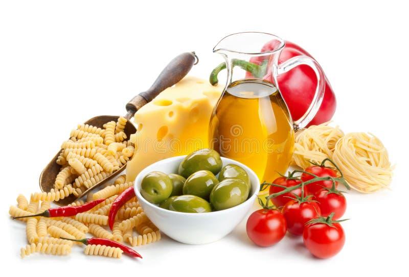 Download 在白色的面团成份 库存照片. 图片 包括有 成份, 烹饪, 食物, 意大利语, 时髦, 意大利面食, 胡椒 - 30329398