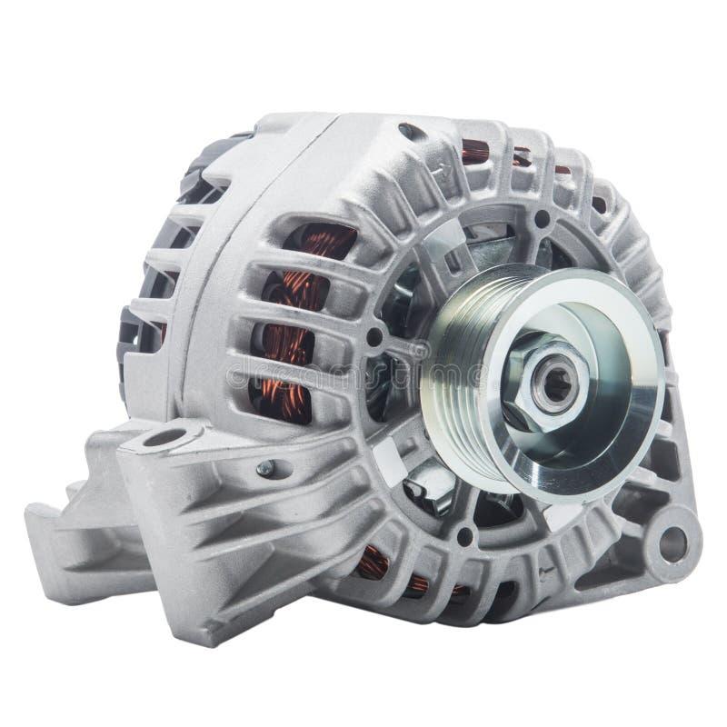 在白色背景或交流发电机隔绝的发电器 发动机零件 库存图片