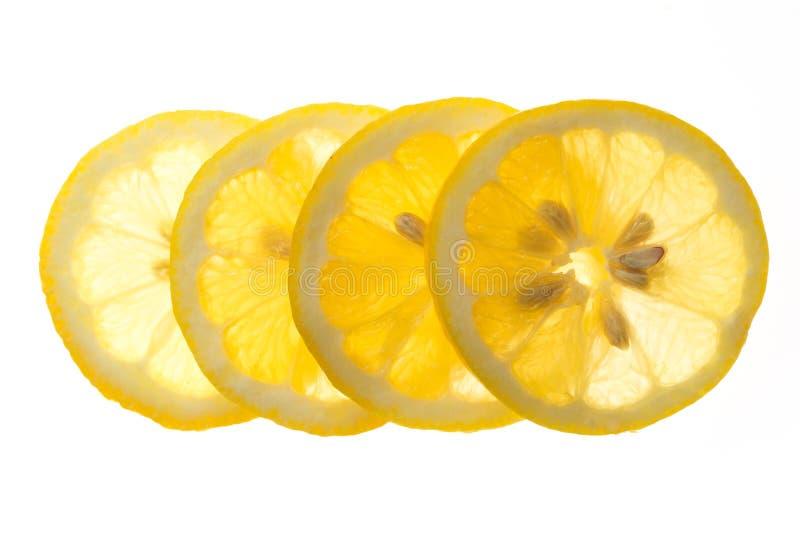在白色背景新鲜的柠檬隔绝的切片 库存图片