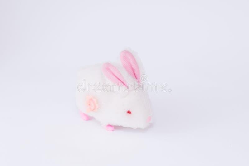 在白色背景的儿童的软的玩具兔宝宝 免版税库存照片