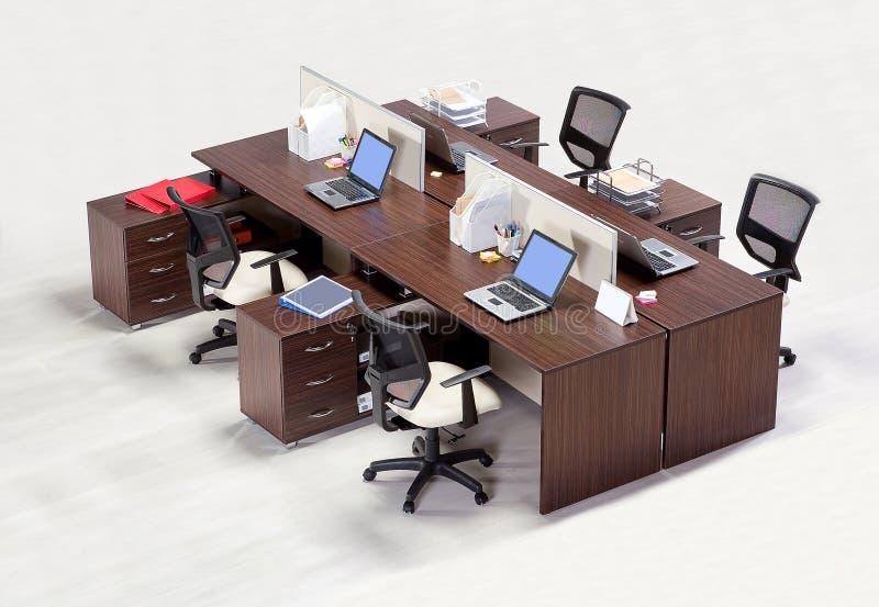 在白色背景的办公家具 免版税库存照片