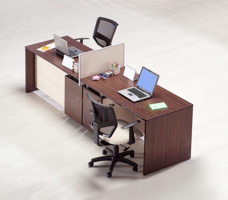 在白色背景的办公家具 免版税库存图片