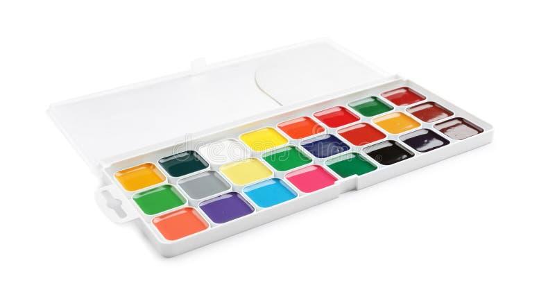 在白色背景的塑料水彩调色板 免版税库存照片