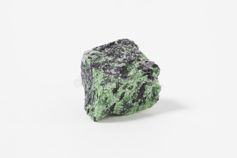 在白色背景的干净的Aragonite矿石 库存图片