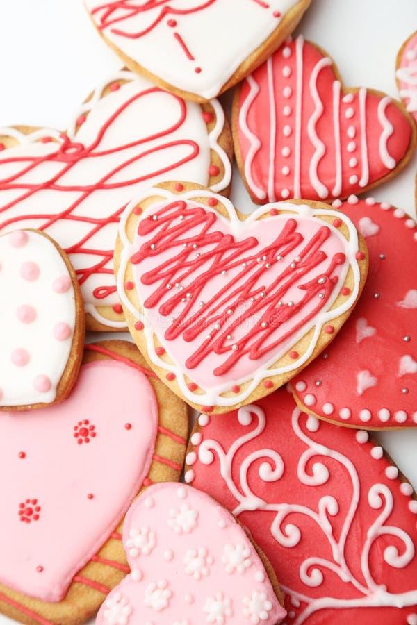 在白色背景的心脏曲奇饼 图库摄影