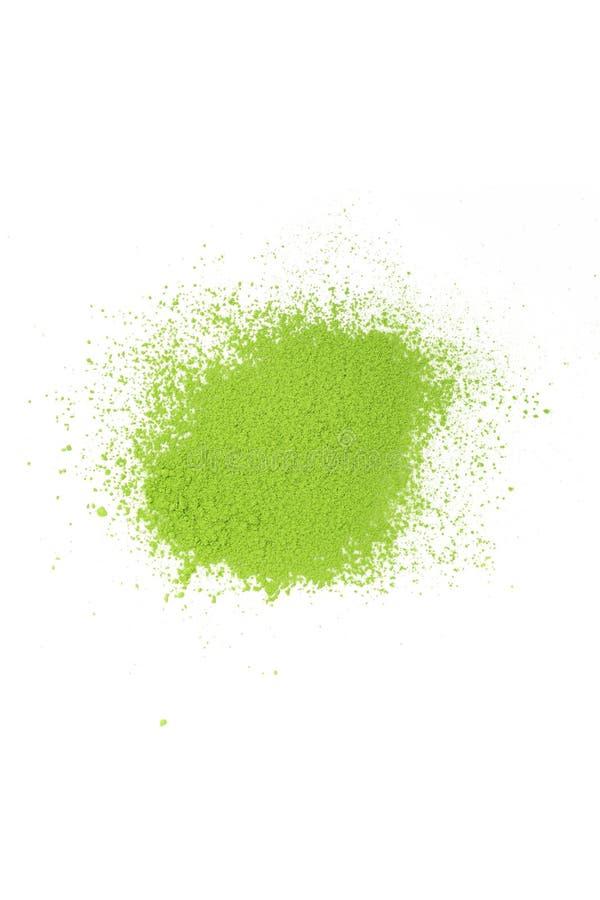 在白色背景的日本绿茶matcha粉末 库存图片