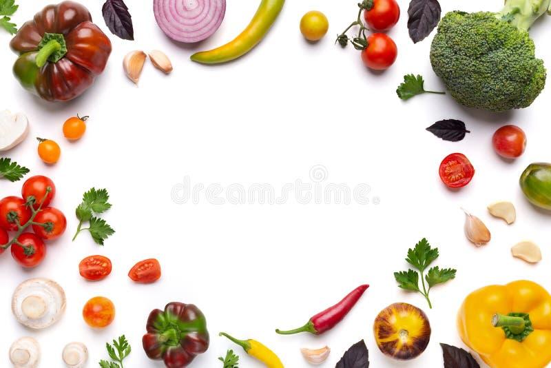 在白色背景的有机被分类的菜框架 图库摄影