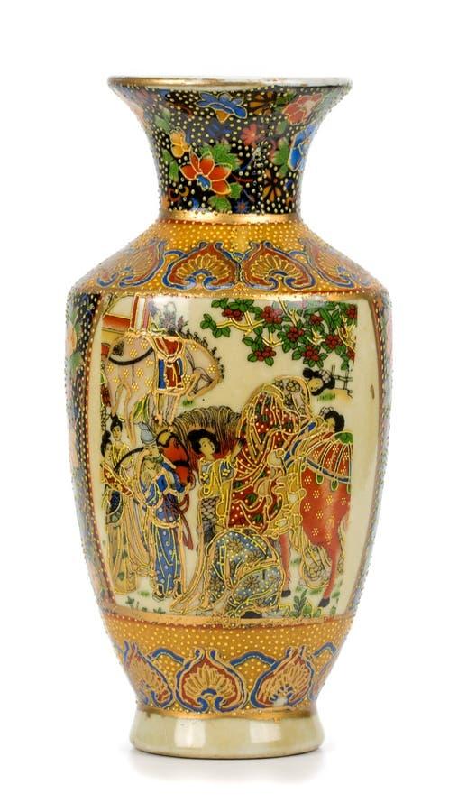 在白色背景的瓷花瓶 免版税库存照片