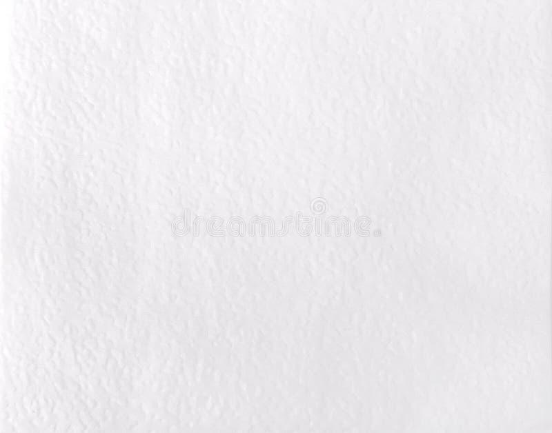 在白色背景的白纸餐巾与拷贝空间 免版税图库摄影