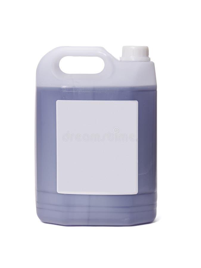 在白色背景的白色塑料五加仑装之汽油罐 图库摄影