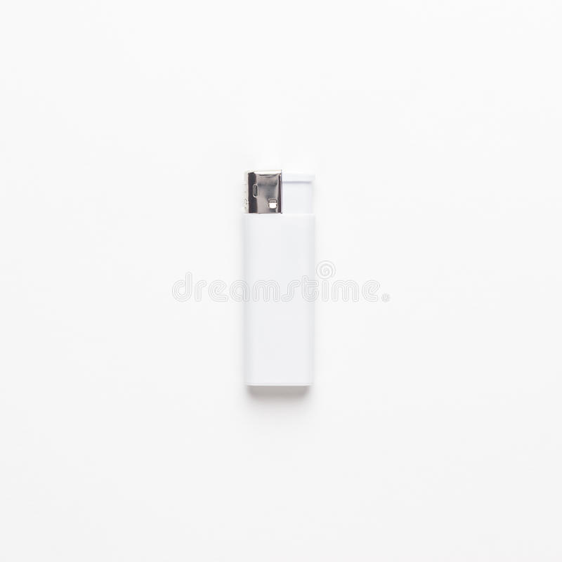 在白色背景的空白的气体sigarette打火机 没查出 库存照片