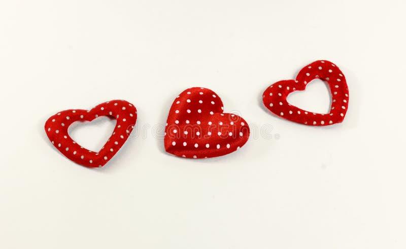 在白色背景的红色心脏 图库摄影