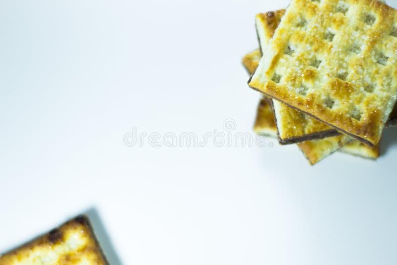 在白色背景的薄酥饼 库存图片