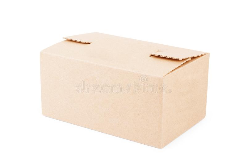 在白色背景的闭合的纸板箱 免版税图库摄影