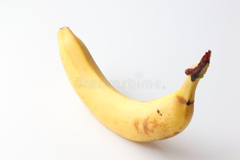 在白色背景的黄色成熟香蕉 库存图片