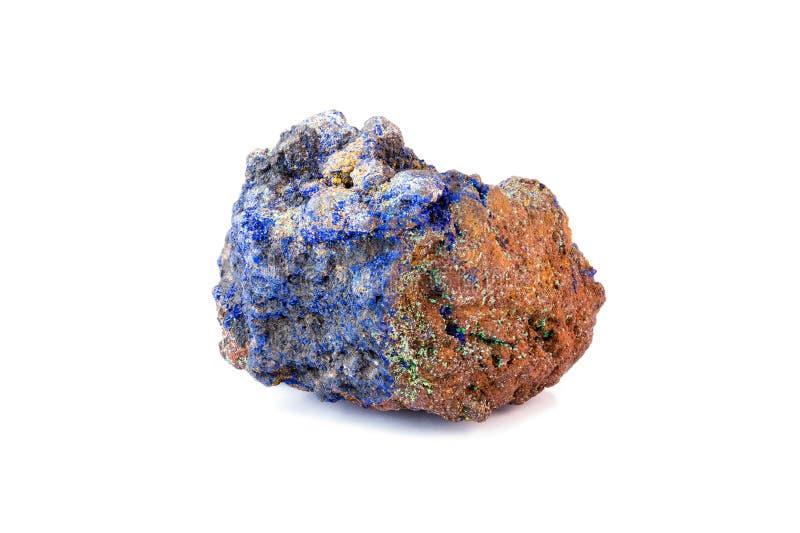 在白色背景的Lazurite水晶 免版税库存照片