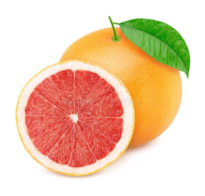在白色背景隔绝的整个和被对分的葡萄柚 免版税库存图片