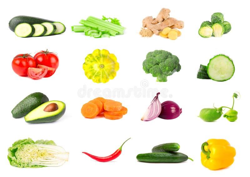 在白色背景隔绝的新鲜蔬菜的汇集 在白色隔绝的水多和成熟菜拼贴画  库存照片