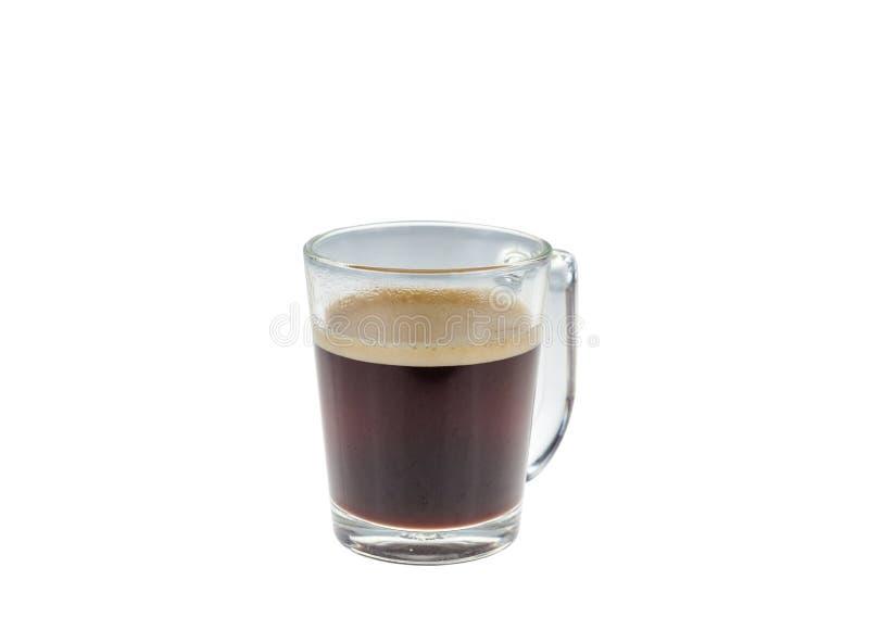 在白色背景隔绝的玻璃状咖啡 免版税库存照片