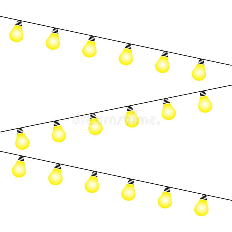 在白色背景隔绝的电灯泡 发光的金黄圣诞节诗歌选串 传染媒介新年聚会光装饰 皇族释放例证