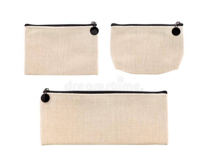 在白色背景隔绝的空白的织品袋子 设置设计的亚麻制袋子 r 免版税图库摄影