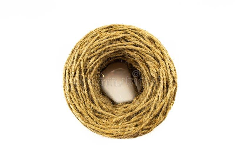 在白色背景隔绝的纤维粗硬纤维绳索 在上面 免版税库存图片