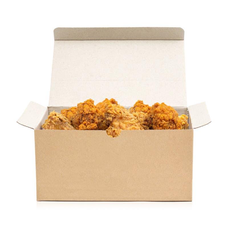 在白色背景隔绝的纸板箱的炸鸡 桶酥脆便当 r 库存图片