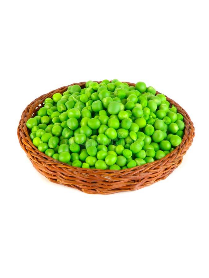 在白色背景隔绝的荚的新鲜的绿豆 免版税库存图片