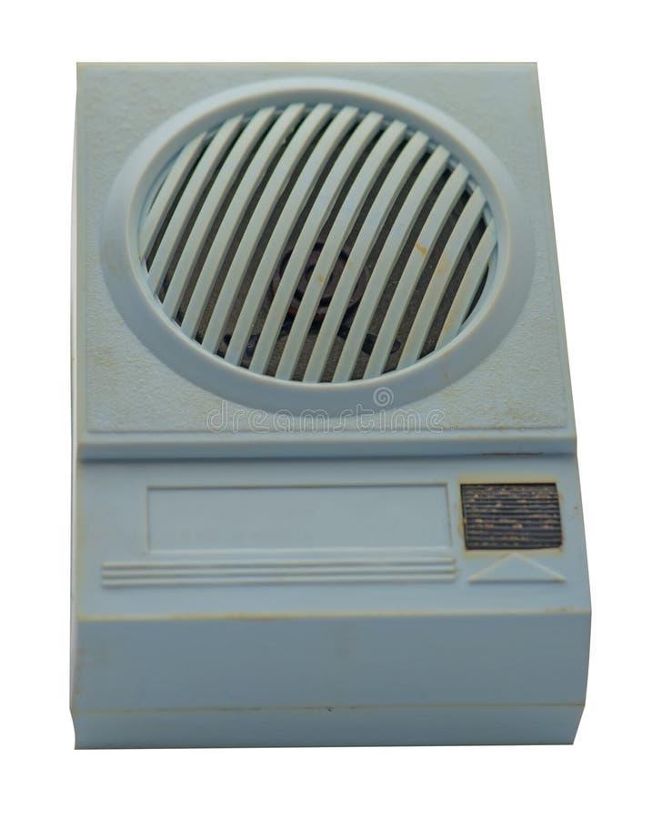 在白色背景隔绝的蓝色减速火箭的收音机 葡萄酒收音机 免版税库存照片