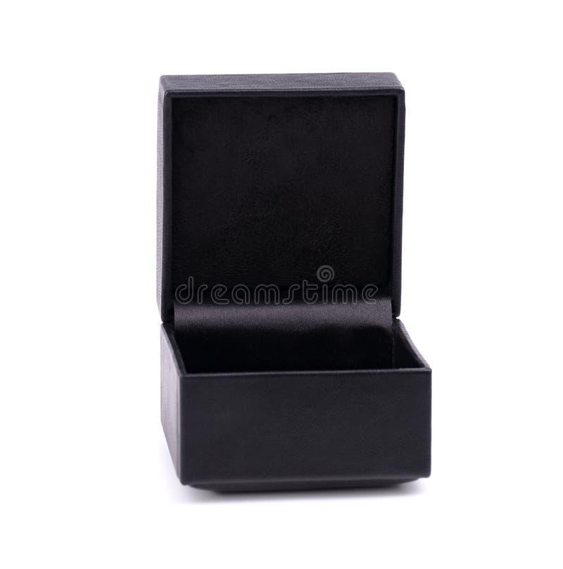 在白色背景隔绝的黑首饰盒 黑匣子皮革 打开在白色背景隔绝的黑礼物盒 图库摄影