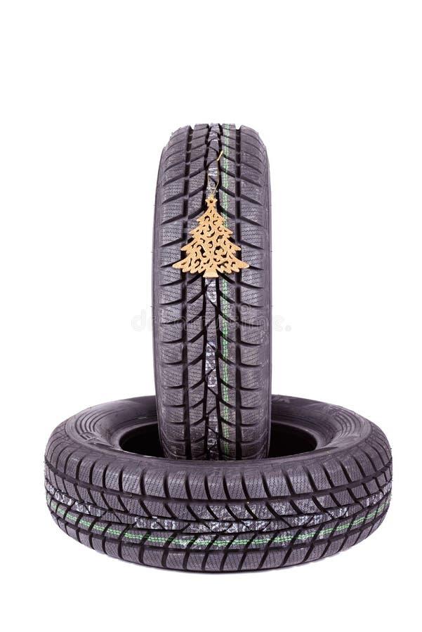 Download 在白色背景隔绝的冬天轮胎 库存照片. 图片 包括有 设备, 符号, 橡胶, 汽车, 投反对票, 抽象, 结构树 - 62536694