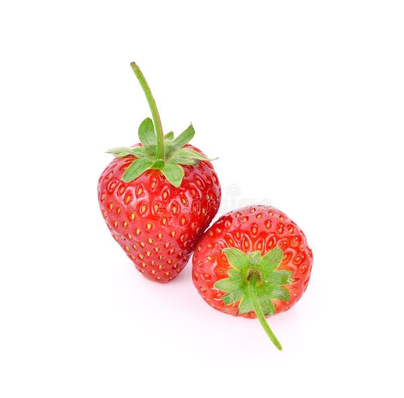 在白色背景隔绝的红色莓果草莓 免版税库存图片