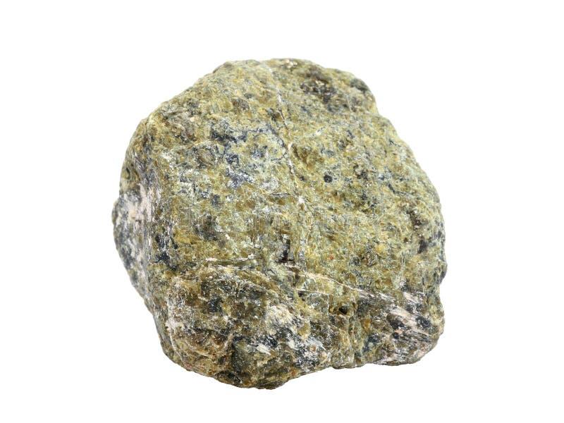 在白色背景隔绝的蛇纹岩岩石自然样品 免版税库存图片